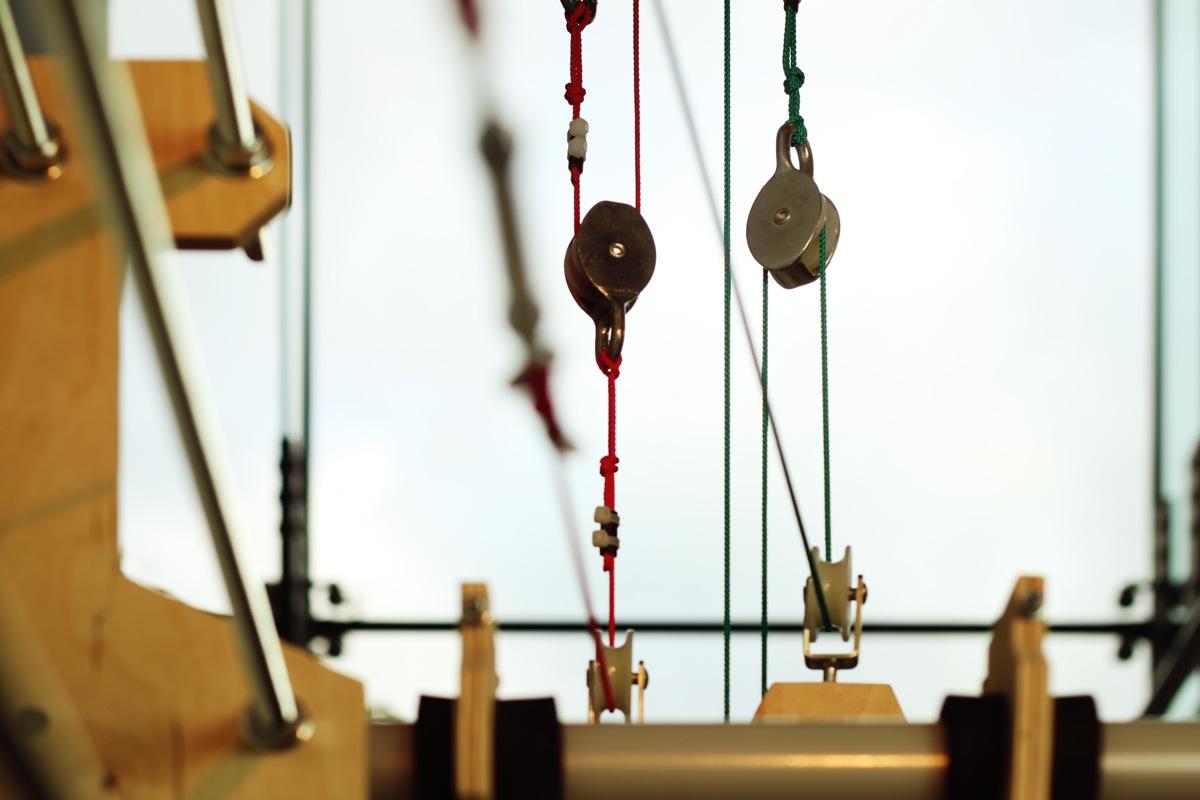 Rope And Pulley Elevator : Perpetual energy wasting machine by niklas roy royrobotiks