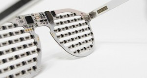 The Bright Eyes Kit &#8211; DIY LED glasses to inspire programming