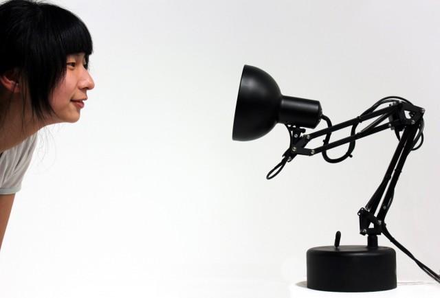 Pinokio The Animatronic Lamp That Is Aware Of Its