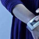 Tactilu – Bracelet for remote tactile communication