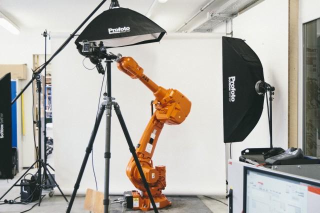 04_Robot_Photo_Shoot