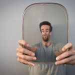 Smaller & Upside Down – 3D printed lenses that distort views of faces