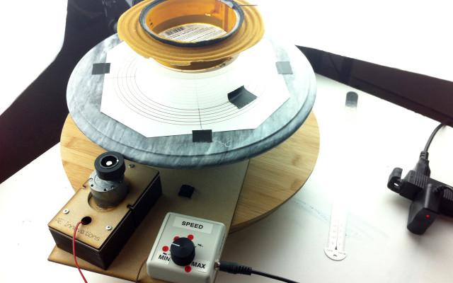 broken-sound-process-turntable