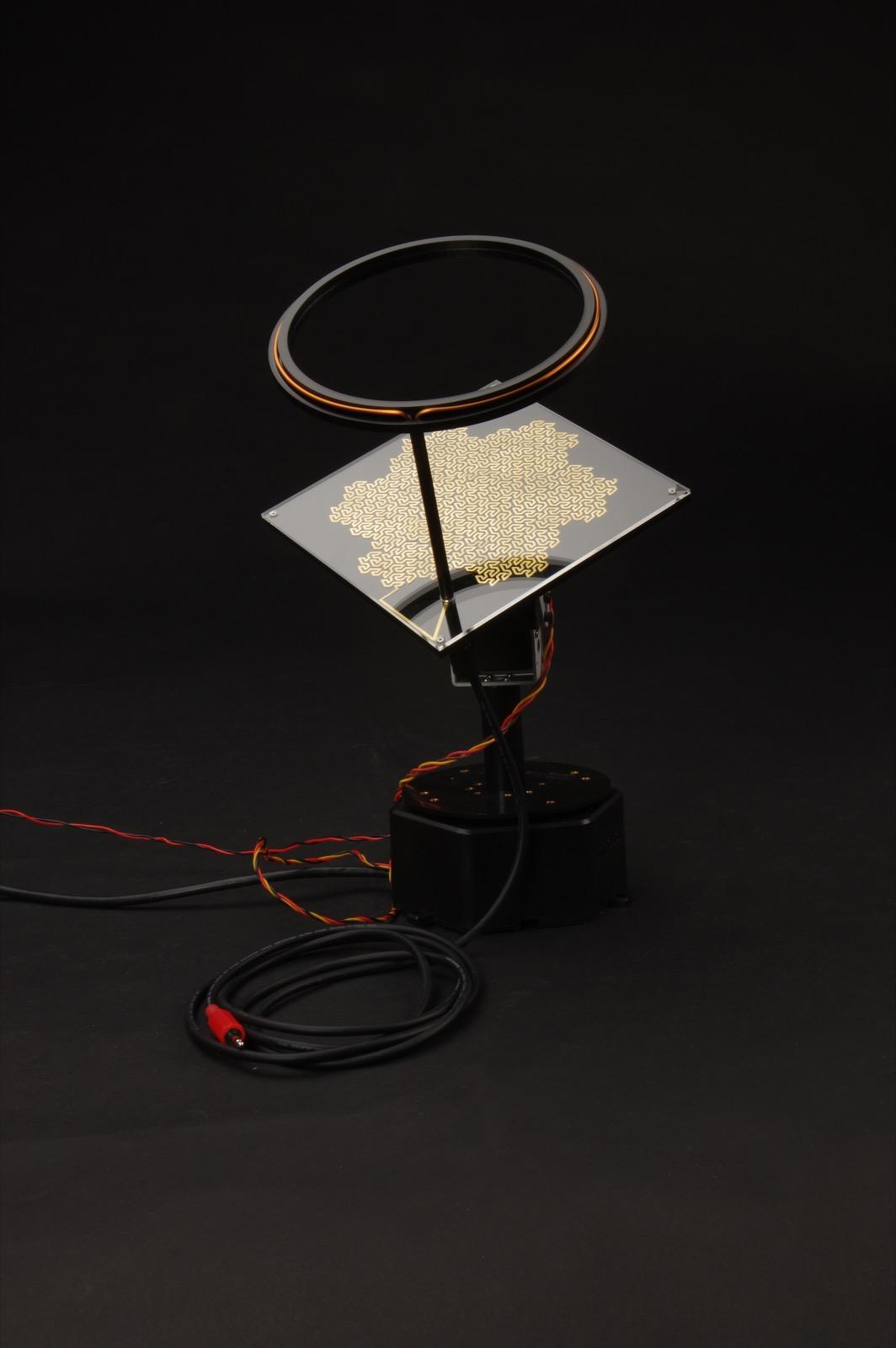 Jovian Receiver 21.1mhz and Fractal Loop Antennae