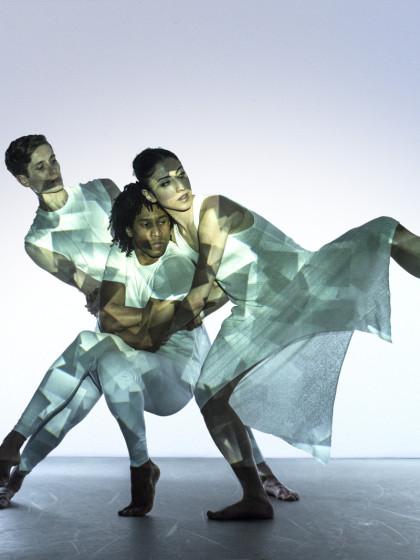 The-3-Dancers_2-photo-Chris-Nash-1600x1067