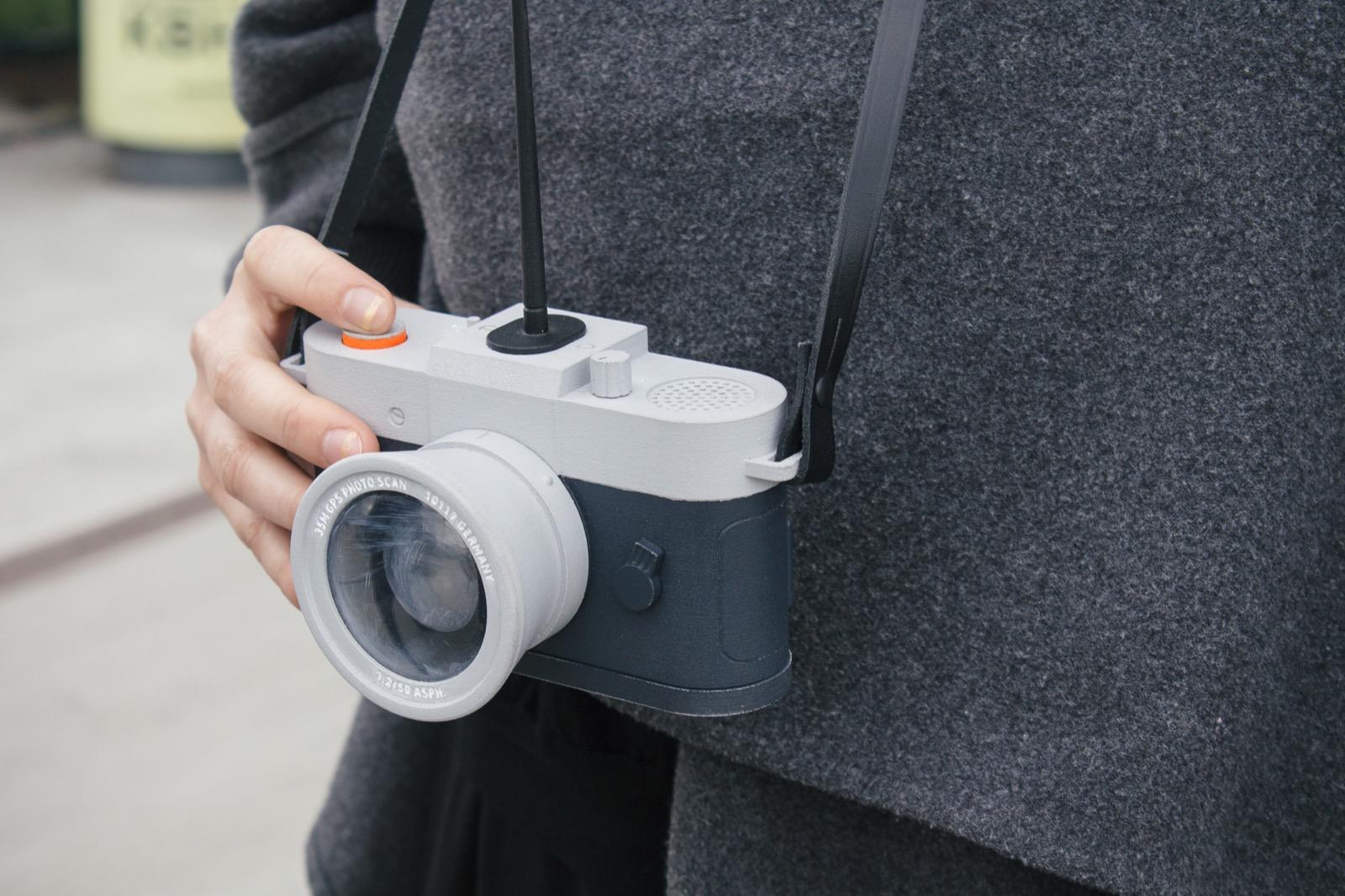 01 Camera Restricta