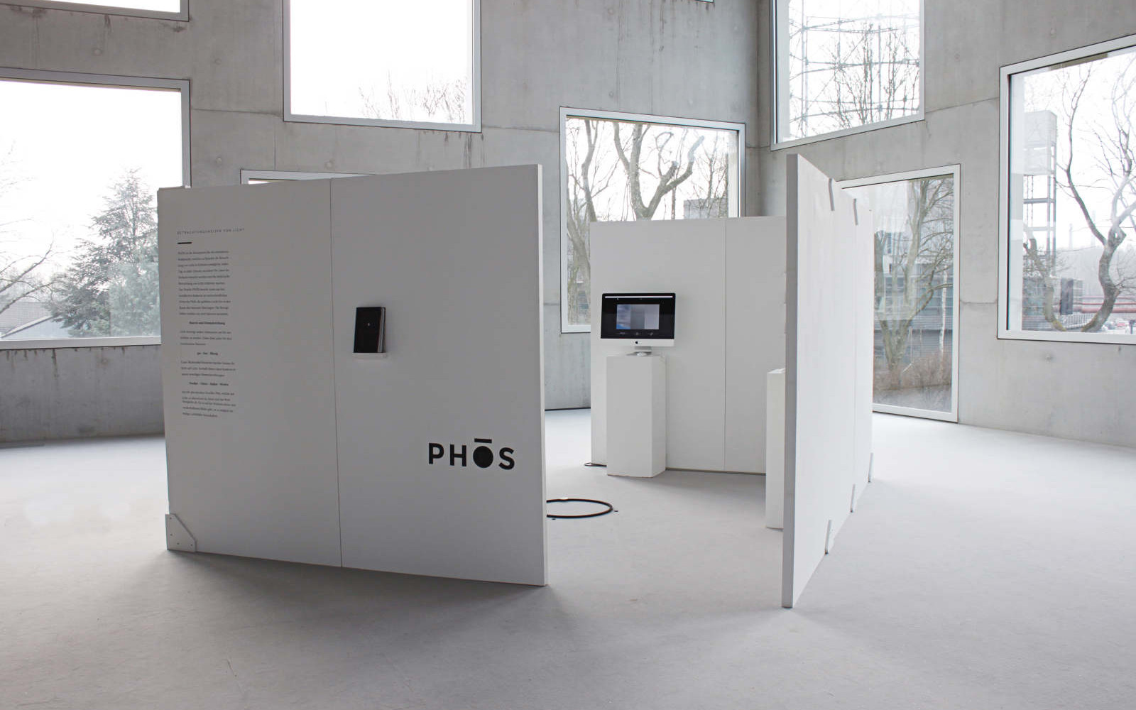 Phōs – An interactive web-project which deals with the complexity of light, room and time
