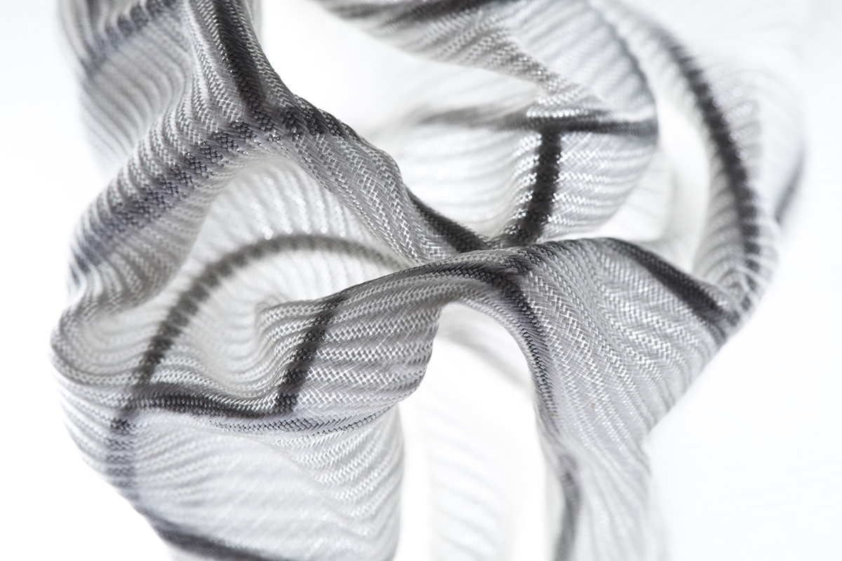 Weaved. Programmable Textile – Modelling fabrics into three-dimensional structures
