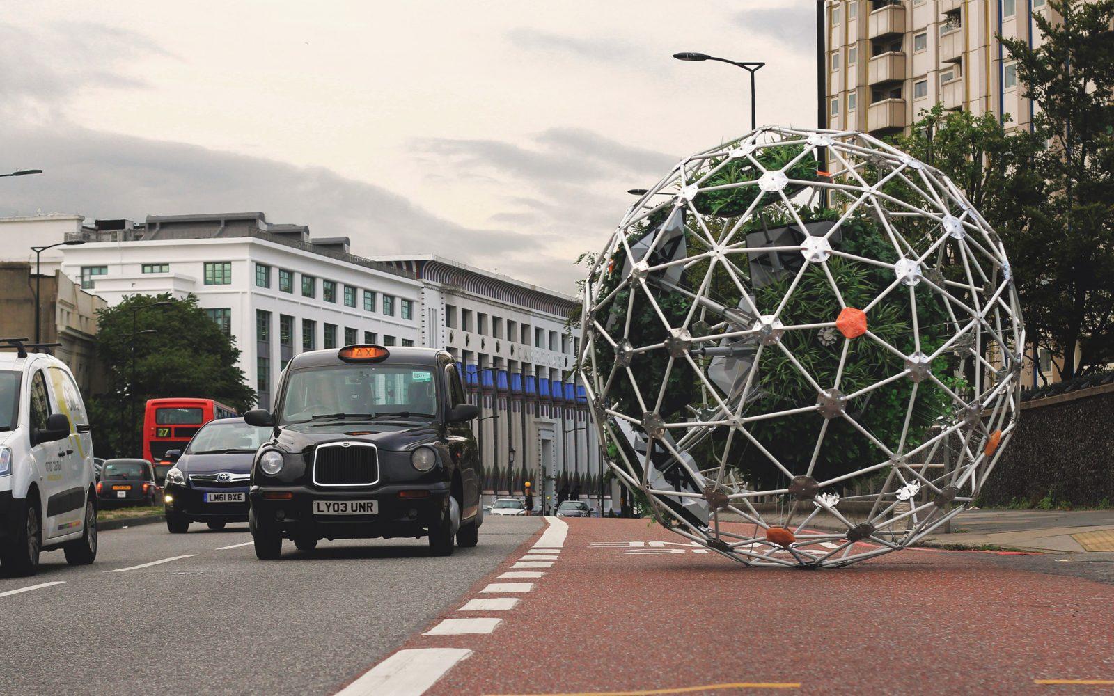 Hortum Machina, B – Speculative urban cyber-gardener