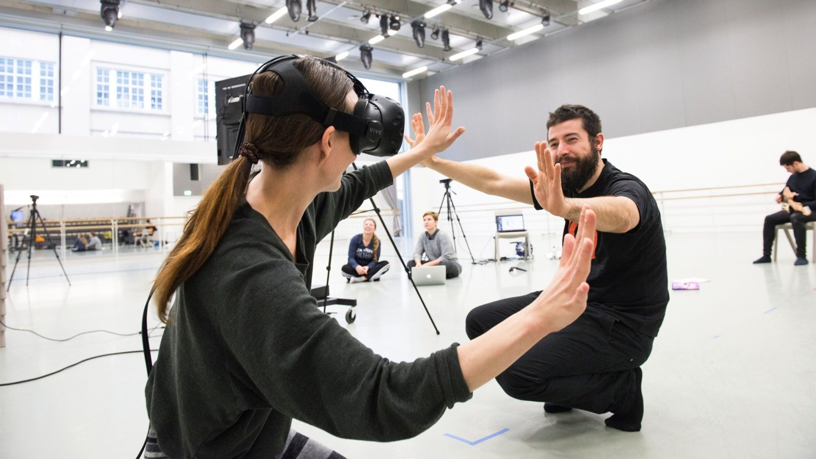 DUST – Exploring VR as a medium for contemporary dance