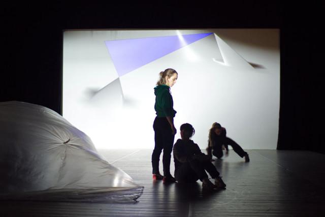 NODE10 workshop - Digital Media in Performing Arts (copyright Woeishi Lean)