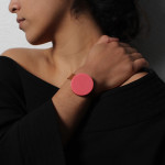 Durr – Shivering bracelet that investigates our perception of time