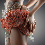 Wanderers – Digitally grown 3d printed wearables that could embed living matter
