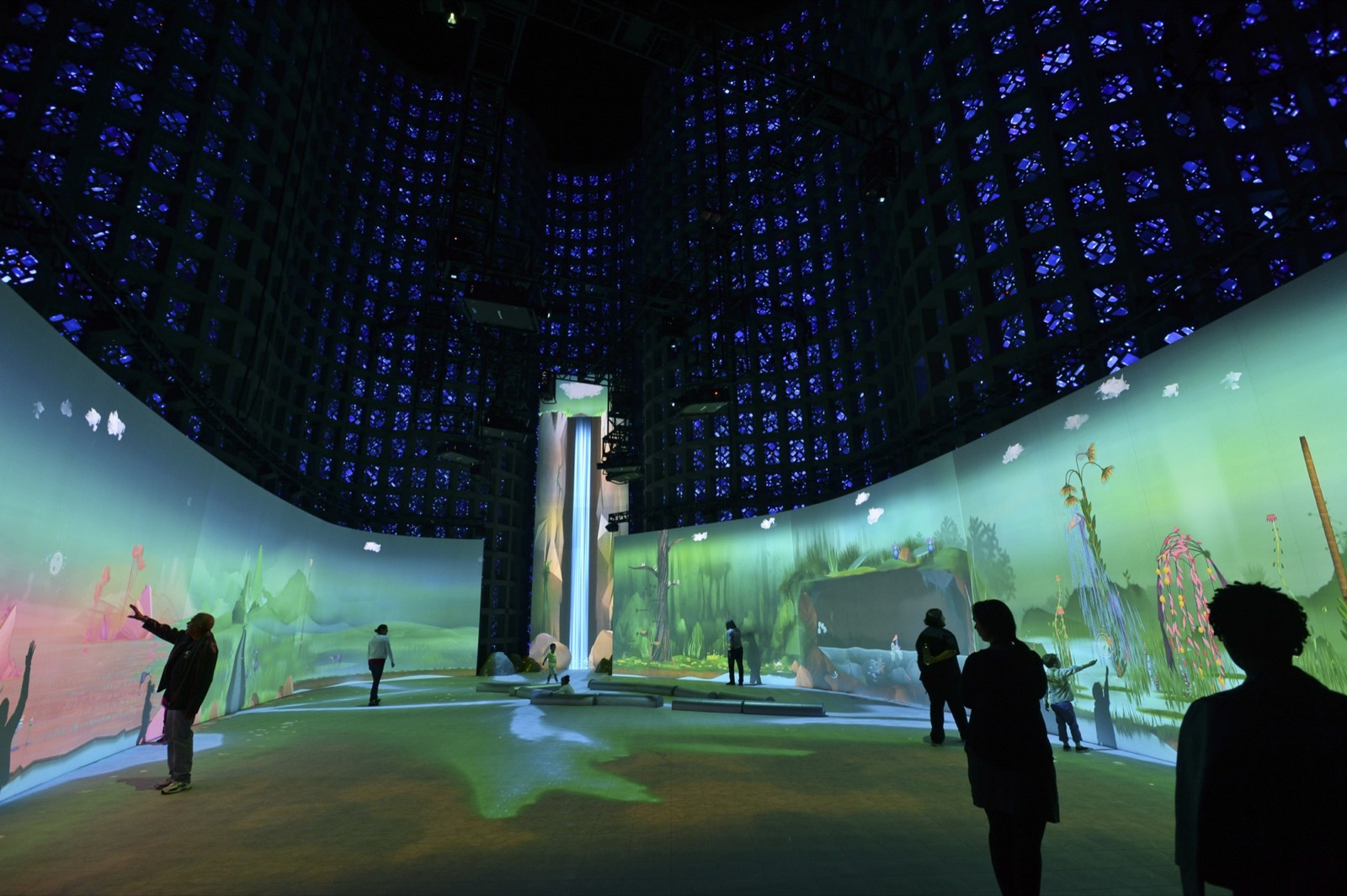Connected Worlds Interactive Ecosystem For Nysci By
