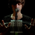 MikroKontrolleur – An instrument to play one's voice