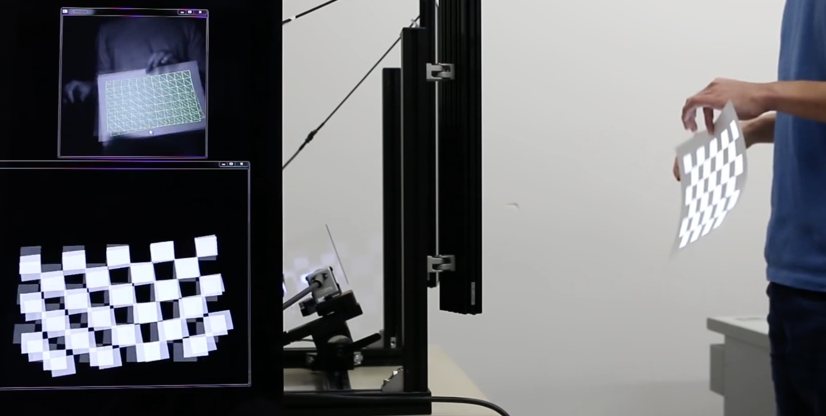 Dynamic Projection – Mapping onto deforming non-rigid surface on