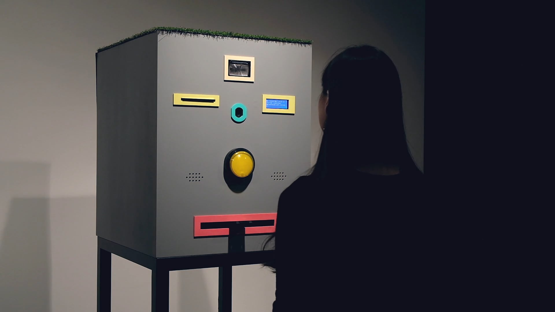 Face Trade – Art vending machine that trades mugshots for