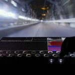 Algorithmic Drive – Spectacular car(au)tonomy