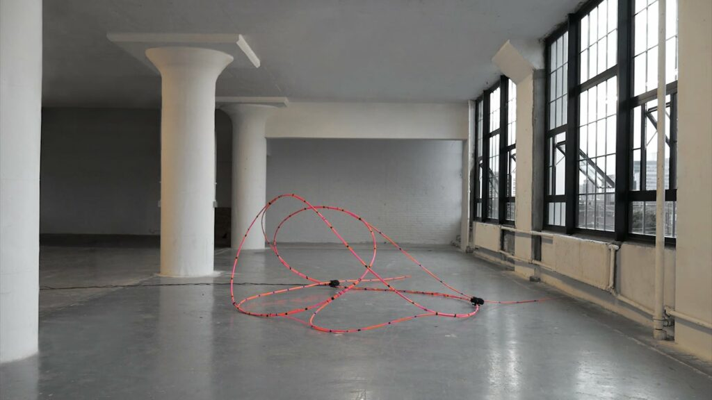 Self-Choreographing Network – Cyber-physical design and interactive bending-active systems